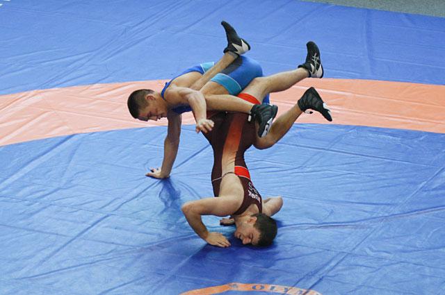 Больше 100 спортсменов выступили на турнире в Барнаул