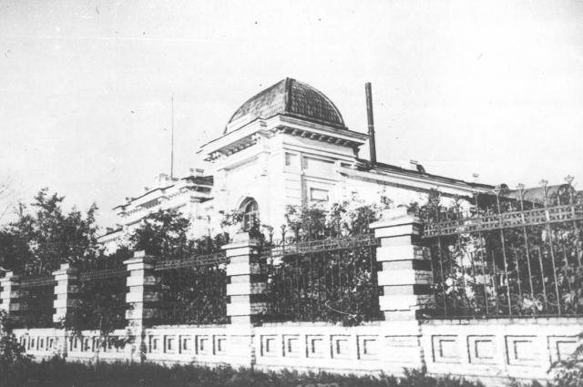 Колчак организовал личную резиденцию в доме Батюшкиных, прожив там с 15 декабря 1918 года по 12 ноября 1919 года.