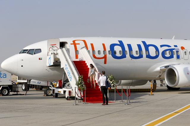 Boeing 737, боинг 737, самолет, FlyDubai