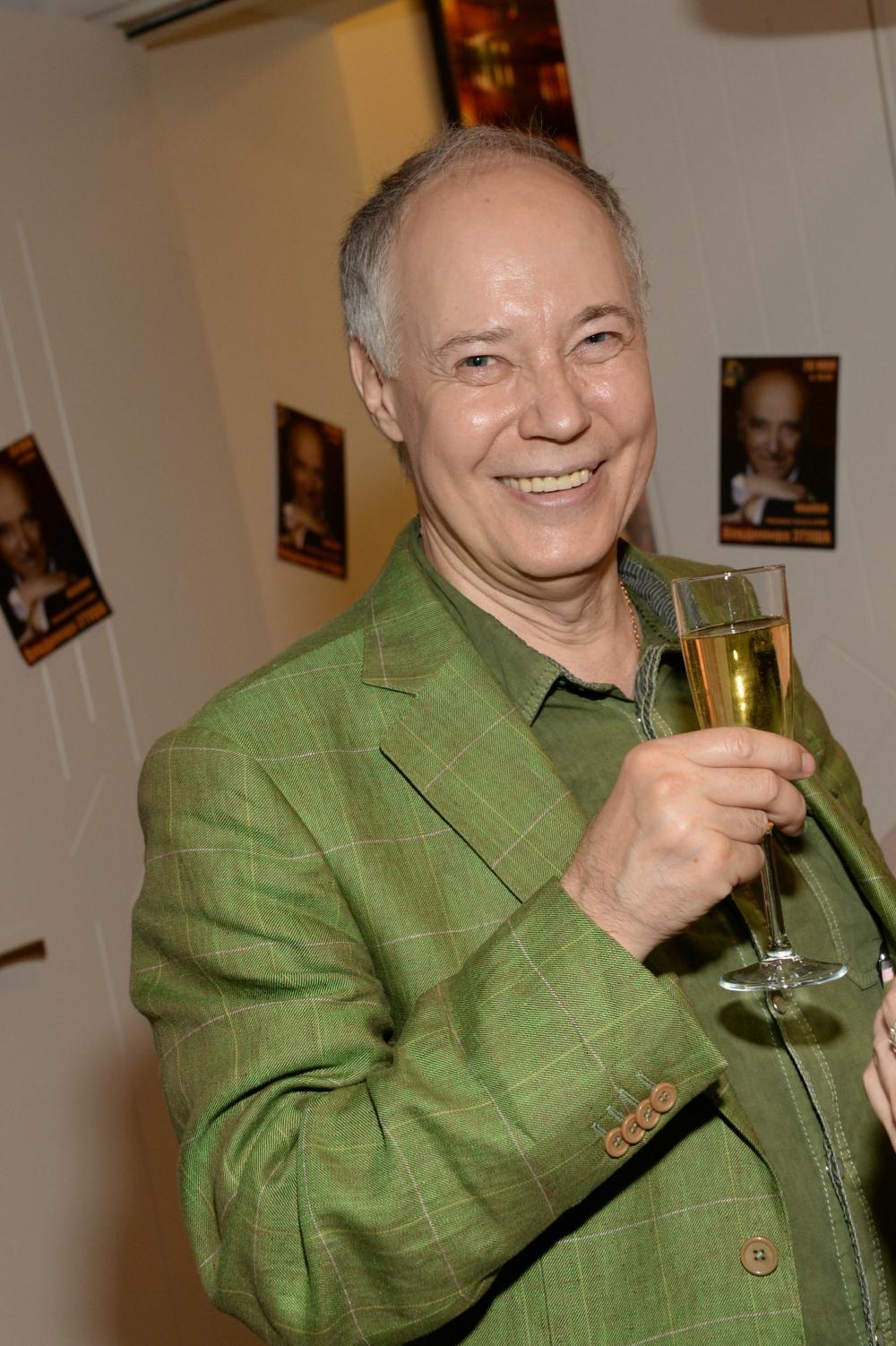 Владимир Конкин участвует в озвучании зарубежных фильмов, также принимал участие в озвучивании многих советских мультфильмов.
