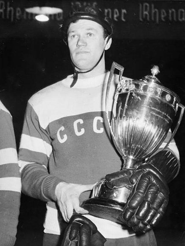 Всеволод Бобров на зимних Олимпийских играх 1956 г.