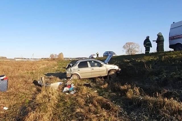 Автомобиль серьёзно повреждён.