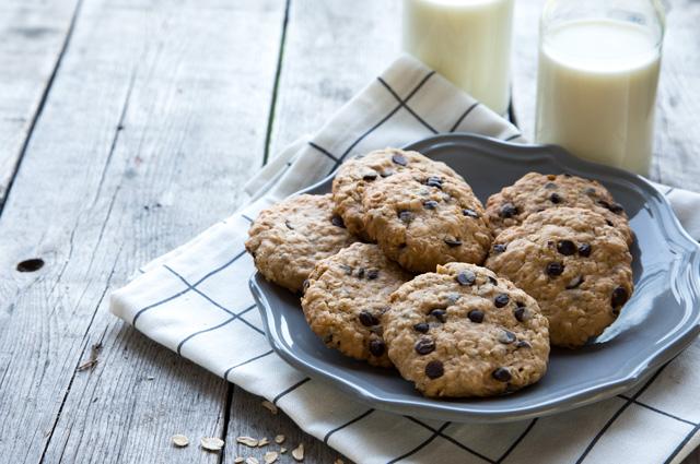 Майонезное печенье с изюмом