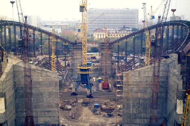 СК Олимпийский . Строительство бассейна. Снимок сделан между 1978 1979 годами