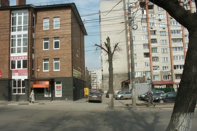 О том, что улица Вересаева односторонняя. знают, наконец, все автомобилисты.