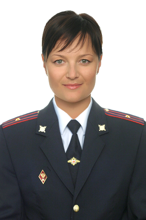 Кира Першукова.