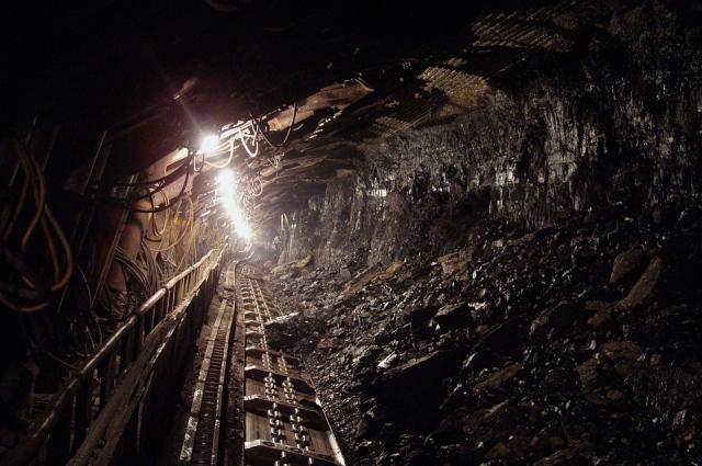 Работа в руднике не каждому под силу.