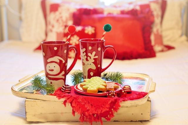 Создайте себе новогоднее настроение простыми способами.