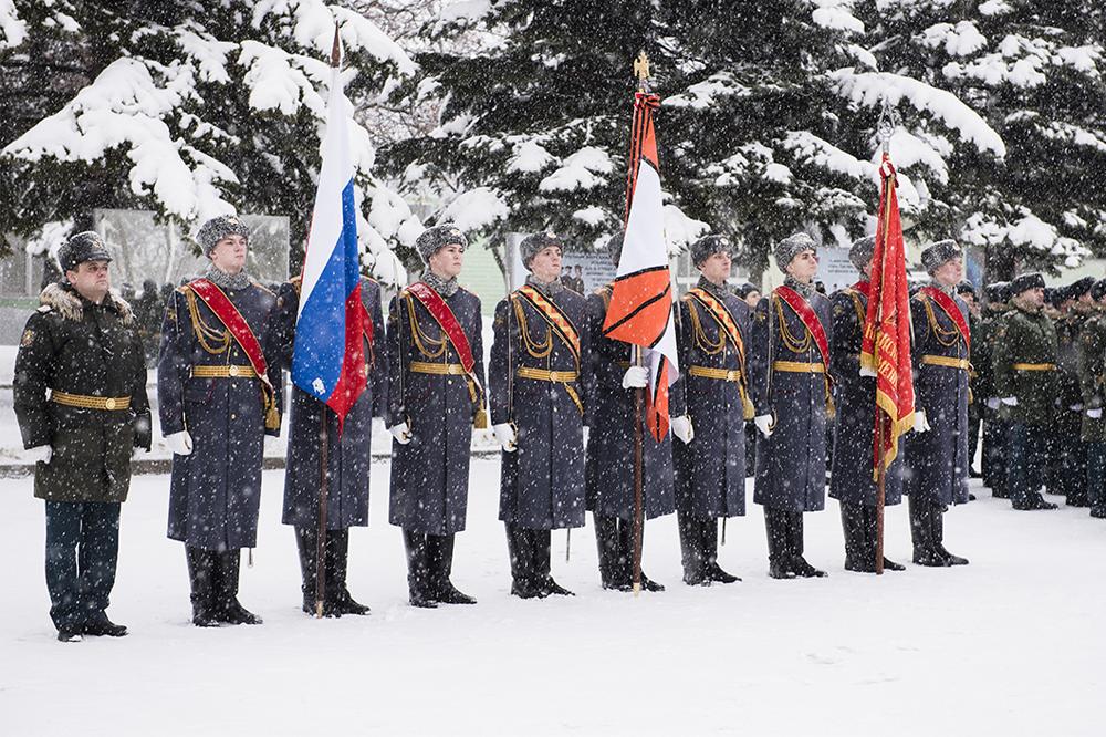 1-я гвардейская танковая Краснознамённая армия .
