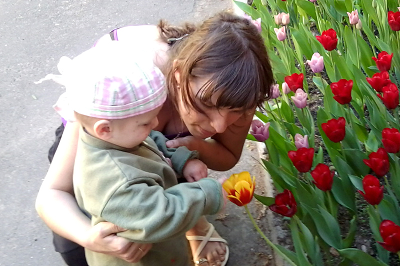 Волонтёры относятся к подопечным детям как к родным