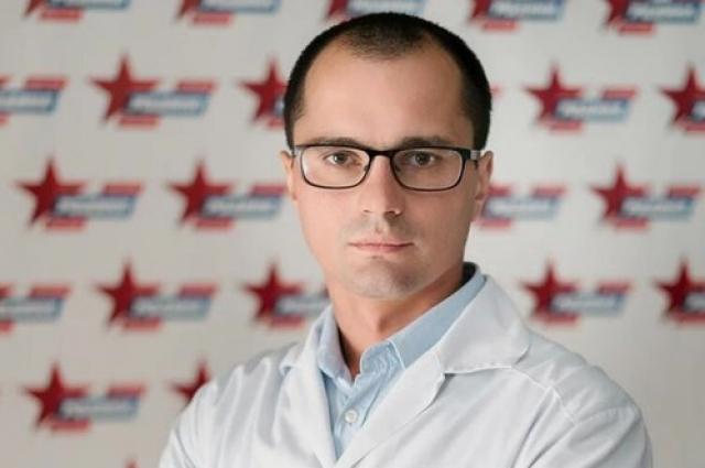 Врач Иван Остроушко признается, что тяжелее всего работать с травмами, полученными в ДТП и огнестрельными ранениями