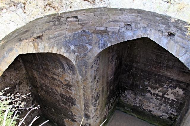 Древнее водохранилище, а может, самый старый в России христианский храм.