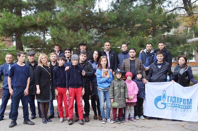 ООО «Газпром межрегионгаз Пятигорск» взял шефство за территорией, прилегающей к Махачкалинской школе-интернату для детей-сирот