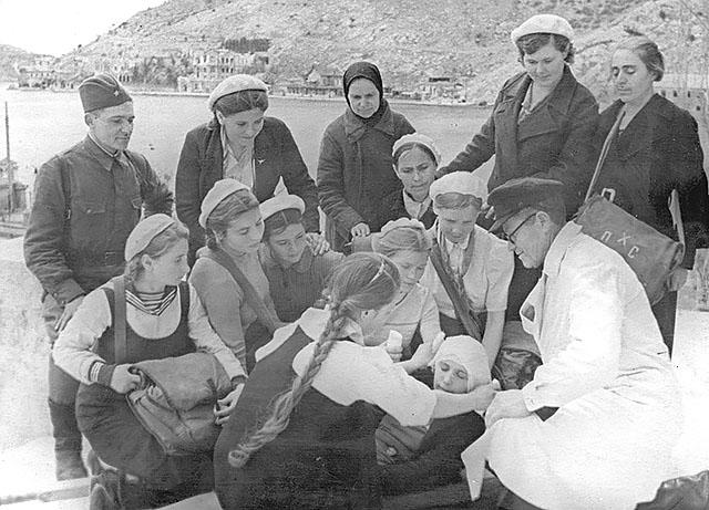Занятие сандружины в Севастополе
