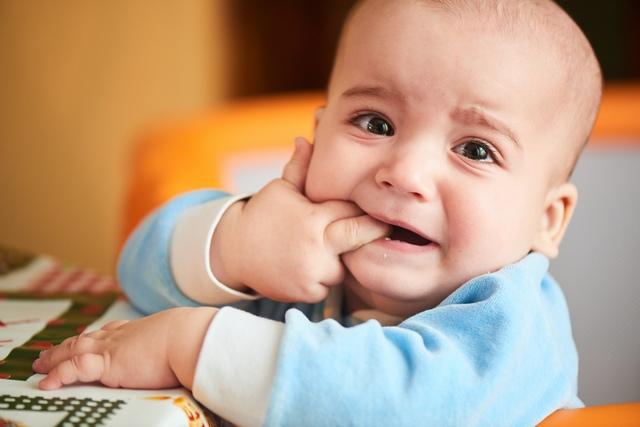 Прорезывание зубов – важный момент в жизни каждого малыша.