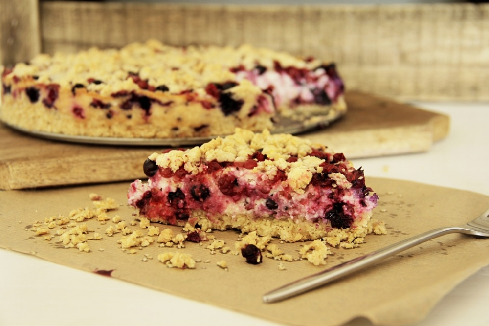Неспелые ягоды не должны попасть в начинку для пирога.