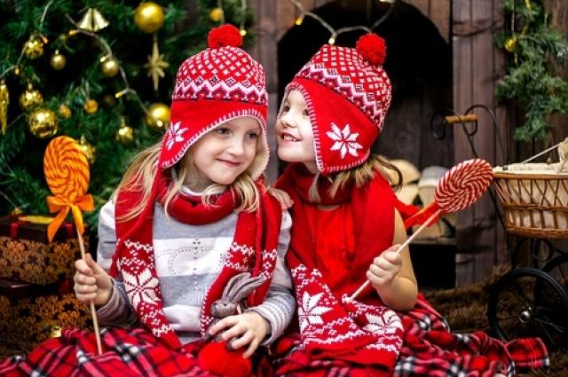 Дети в Новый год.