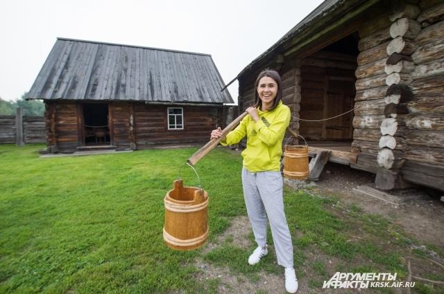 В музее-заповеднике, гости познакомились с особенностями крестьянской жизни конца XIX - начала XX в.