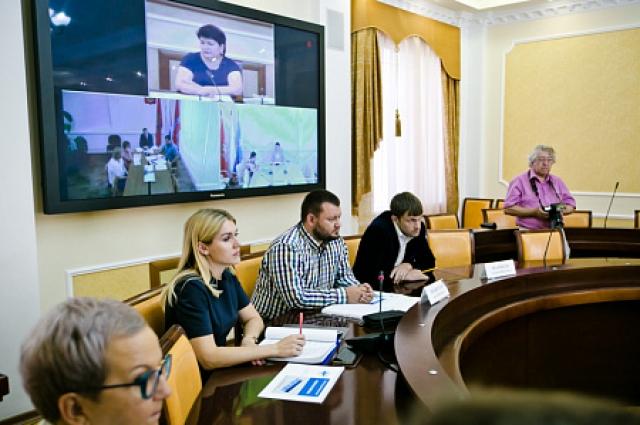 На заседании комиссии потенциальные резиденты презентовали свои проекты.