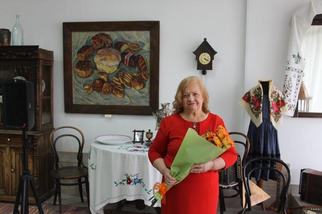 Профессор, доктор исторических наук Алла Федорова на открытии экспозиции.