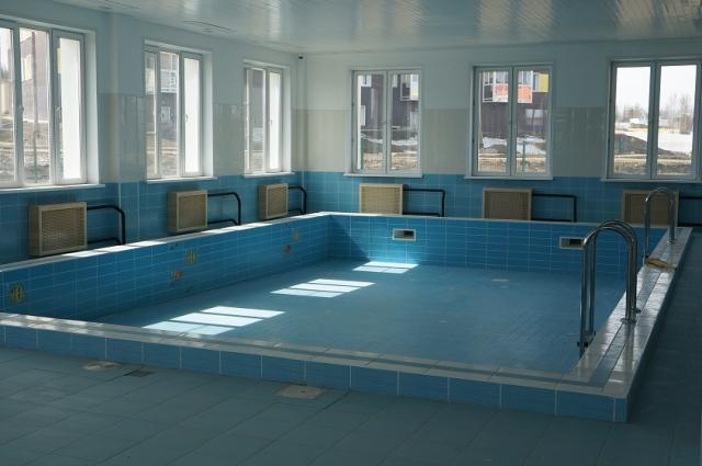 В детсаду даже есть бассейн.