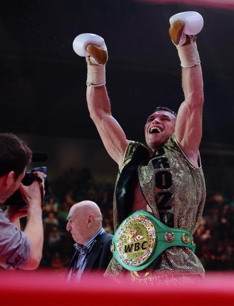 Российский боксёр Григорий Дрозд победитель боя за титул чемпиона мира по версии WBC в первом тяжёлом весе против Лукаша Яника (Польша)