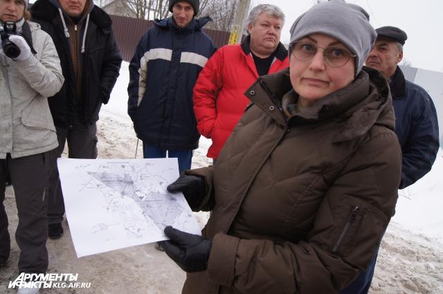 Жители поселке не в первый раз собираются на митинг. Останавливаться они не собираются.