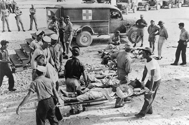 Выжившие с «Индианаполиса» на острове Гуам.