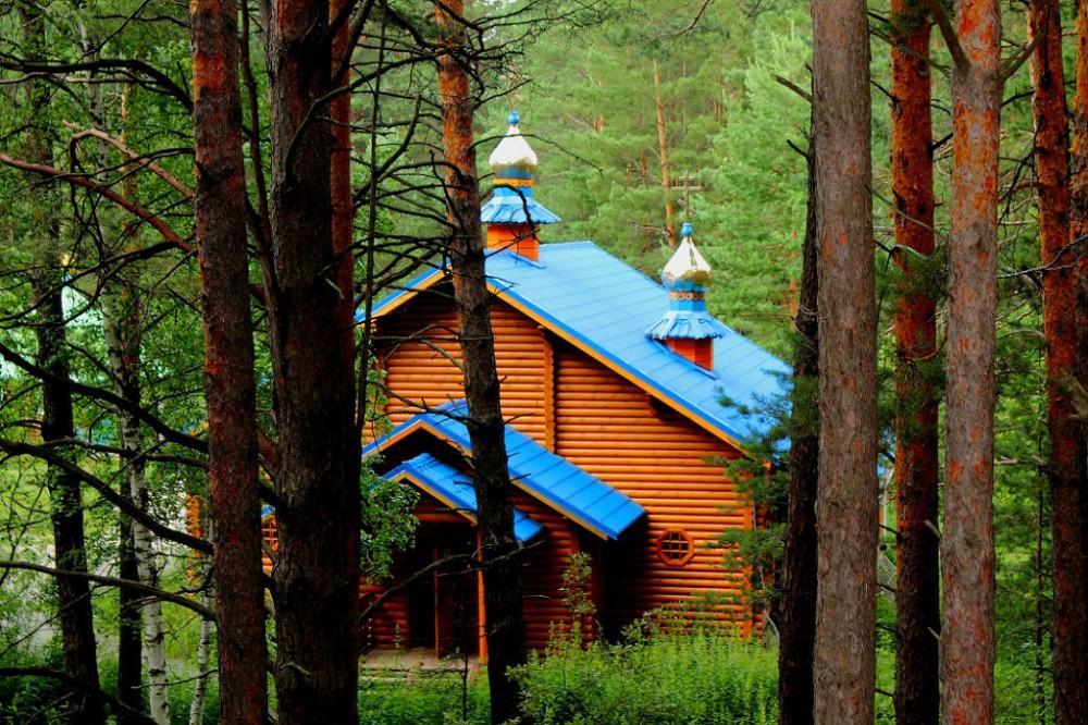 Святой источник Свято-Казанского Чимеевского мужского монастыря Курганской и Белозерской епархии.