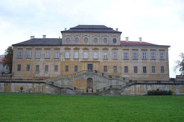 Замок Дукс в Богемии, где с 1785 года жил Казанова