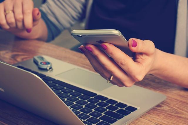 Сейчас многие пользователи используют сразу несколько гаджетов одновременно