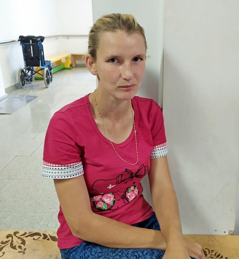 Светлана Захарова, мама Софьи.