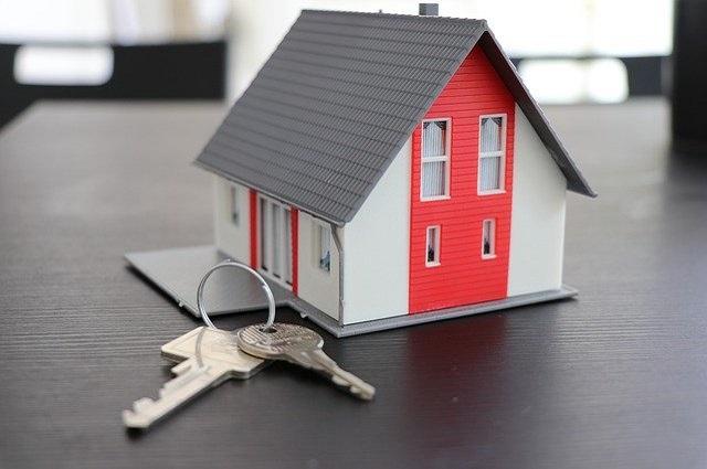 Каждому члену семьи должны быть выделены доли в квартире, приобретенной с добавлением средств материнского капитала.