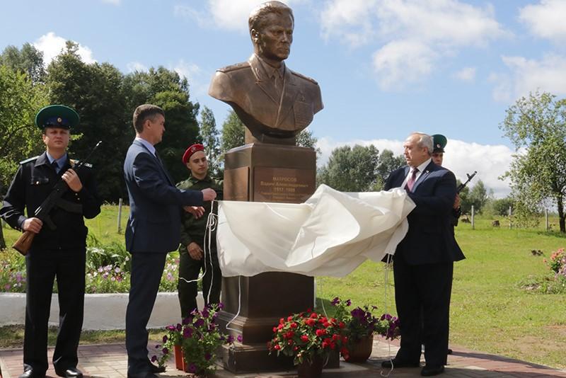 Под Смоленском установили памятник начальнику Пограничных войск СССР.