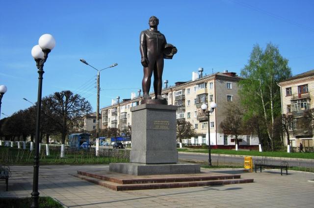 памятник А.Г. Николаеву, Чебоксары