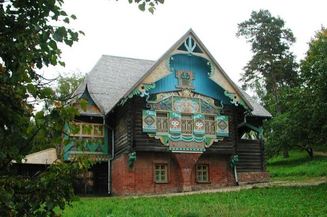 Фленово - место с уникальной архитектурой и особой атмосферой.