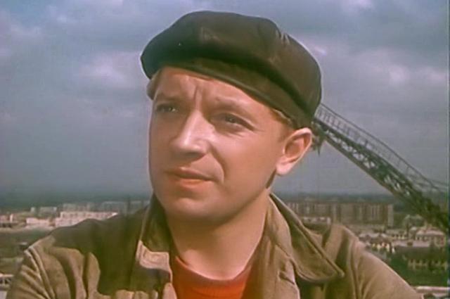 Юрий Белов в фильме «Девушка без адреса» (1957)