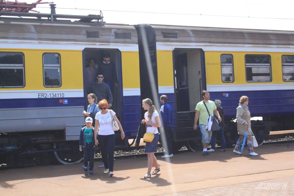 Электричка из Риги. Отдых в Юрмале этим летом значительно подешевел и стал доступнее людям со средними доходами