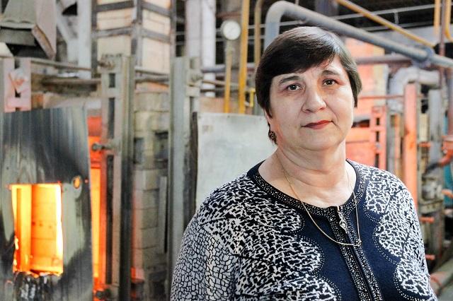 Надежда Чехомова работает со стеклом более 30 лет.