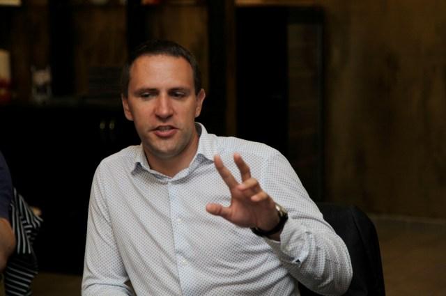 О роуминге рассказывал Вадим Меркулов, директор по развитию бизнеса на массовом рынке Северо-западного филиала компании «МегаФон».
