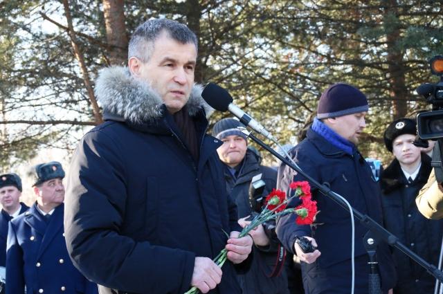 Рашид Нургалиев почтил память уроженцев Карелии, погибших в Афганистане