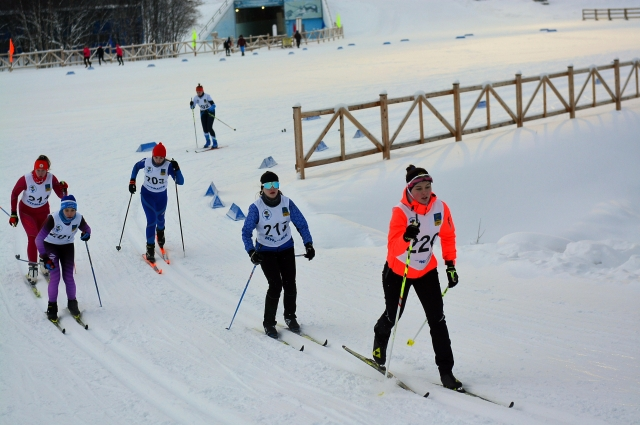 На этот раз в соревнованиях принимало участие немного лыжниц.