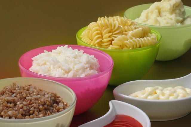 Лучше отказаться от различных соусов - в них много сахара, который вреден для фигуры.