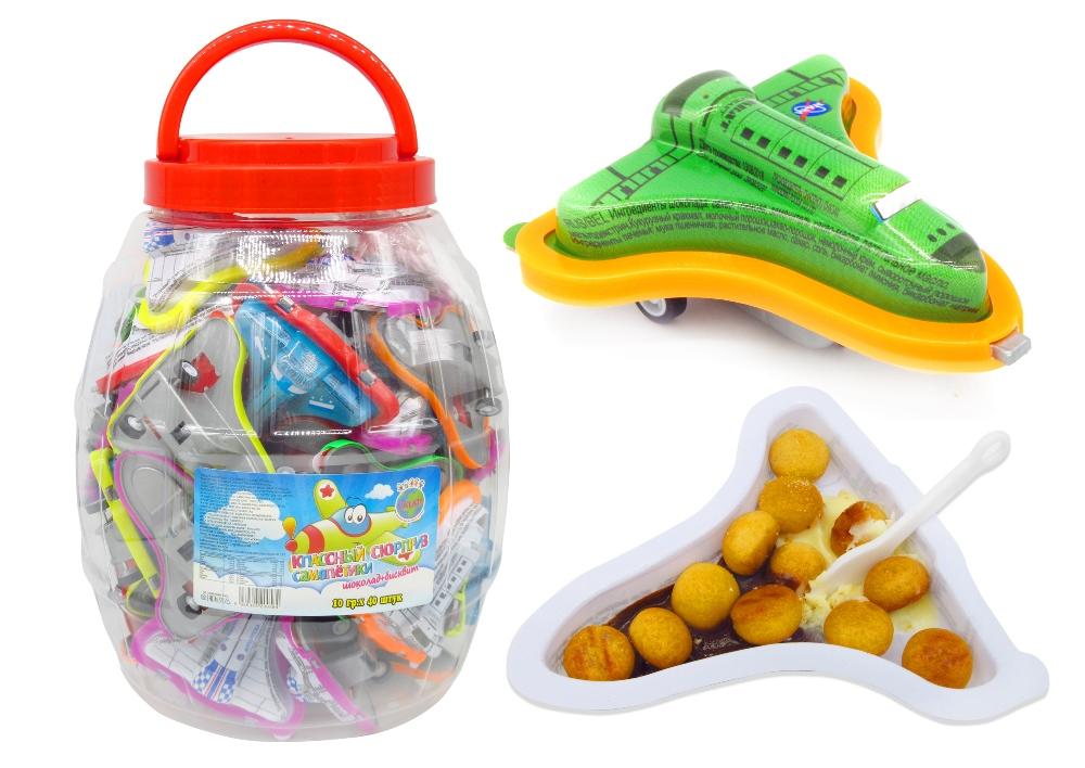 Упаковка некоторых сладостей больше напоминает игрушку.
