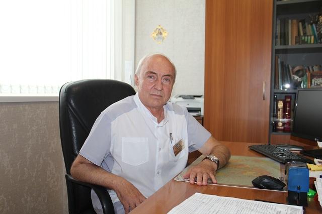 25 июля Петру Максимову исполнилось 70 лет.