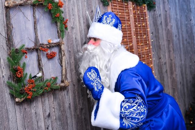 Омский Дед Мороз спешит к детворе!