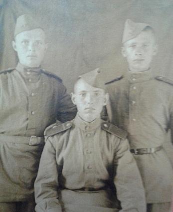 1943 год. Первые армейские дни.