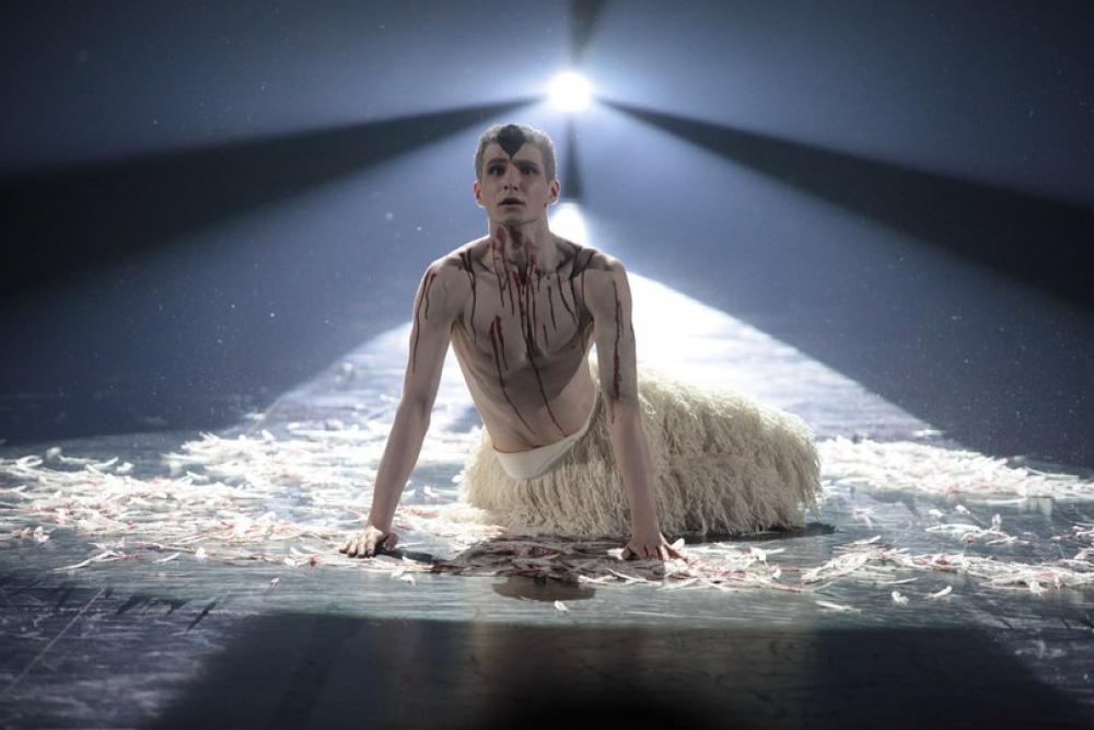 Зрители увидят необычные и неожиданные хореографические номера.