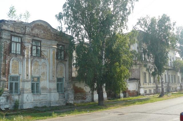 Исторические объекты города находятся в плачевном состоянии.