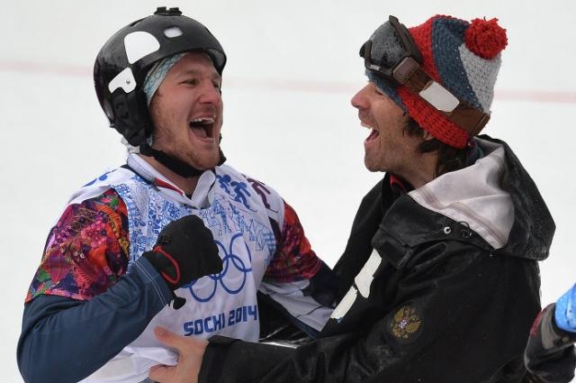Николай Олюнин, завоевавший серебряную медаль в сноуборд-кроссе